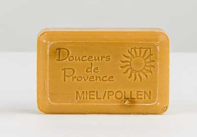 Săpun exfoliant cu miere şi Polen